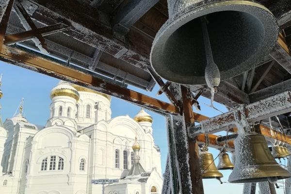 колокола храма